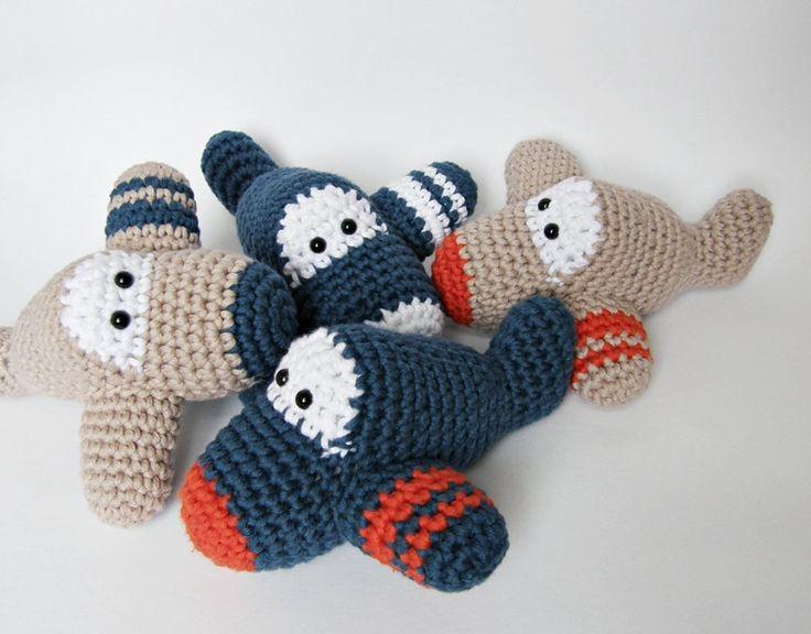 Crochet Airplane Mobile   Etsy   ByMarika https://www.etsy.com/nl/shop/ByMarika?ref=pr_shop_more