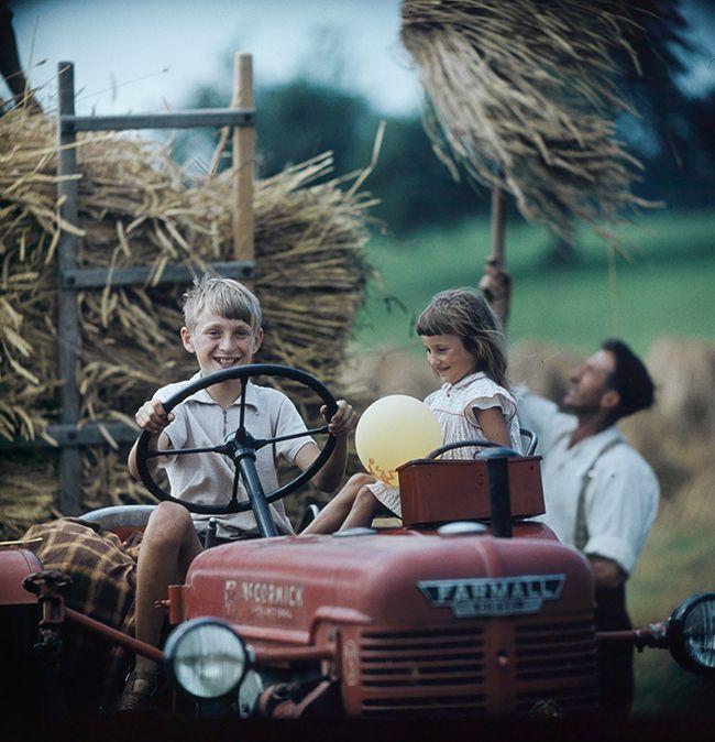 Fotomosaik Schweiz. Neuer Bildband mit Fotografien aus 50 Jahren Schweizer Geschichte