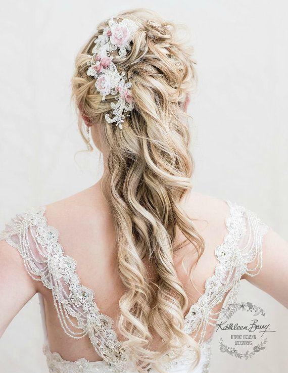 Bruids Lace haarstukje roze bloemen - bruiloft accessoires - Chantilly lace - haarkleur opties beschikbaar STIJL: Kathryn