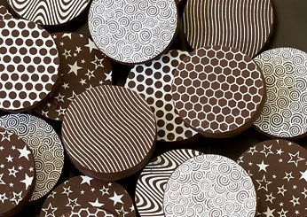more patterned chocolates (: