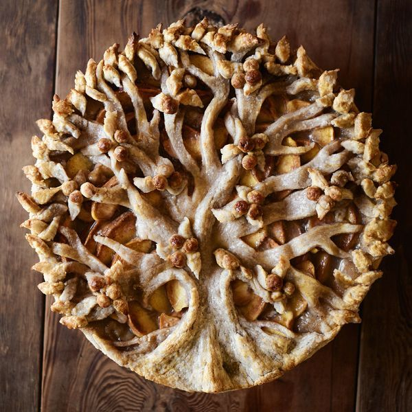 9 Photos, Recipe: the most amazing Peach-Tree Pie you've ever seen (or eaten).