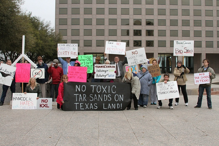 Article regarding the protests against Keystone XL pipeline. Decision week 3/24.