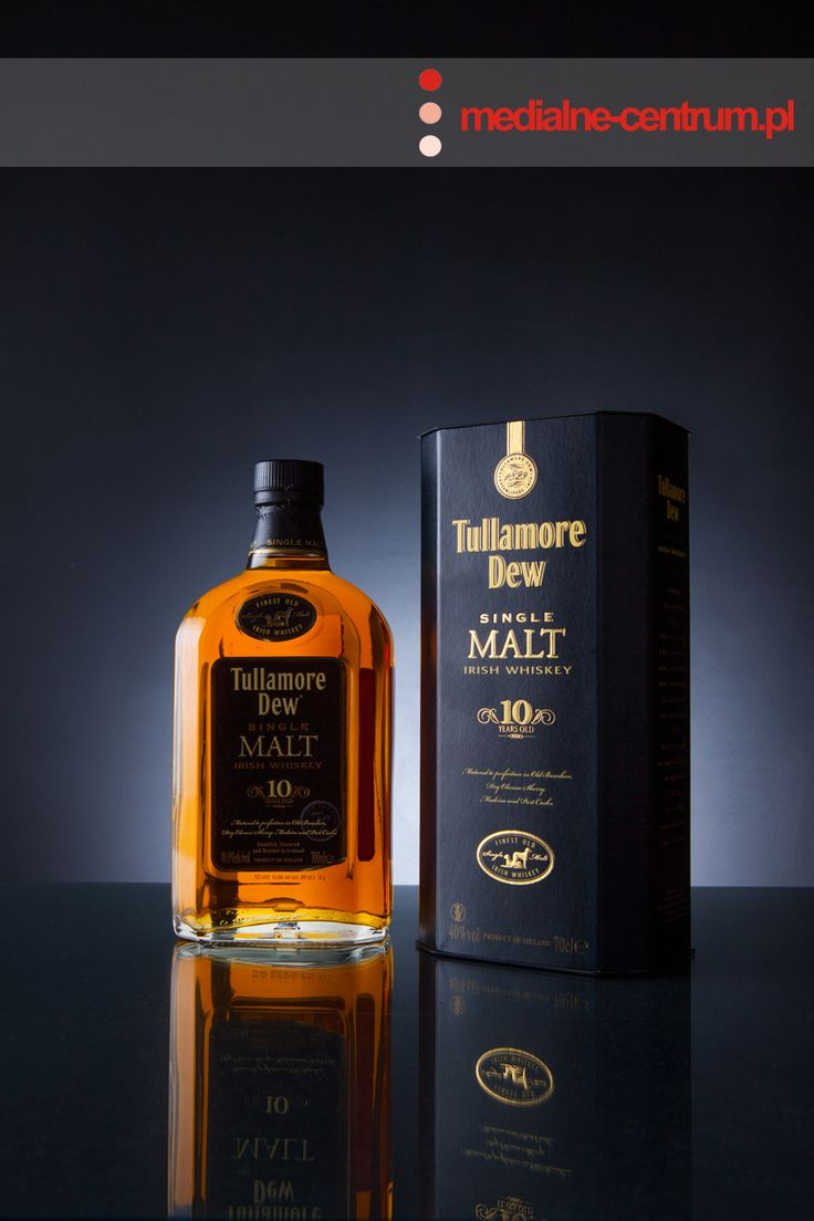 Tullamore Dew Single Malt Whisky, Irish Whisky, Finest Whisky, product photography, low key photography, glass photography