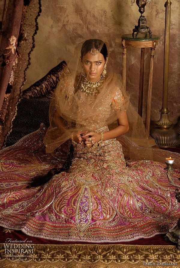 Tarun Tahiliani bridal lehenga