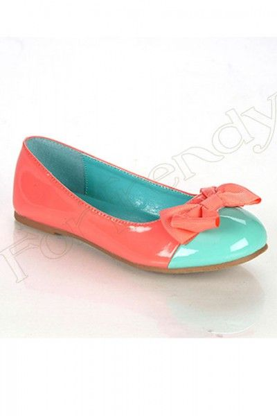 Cutest little girl shoes! My little girl needs these ASAP!