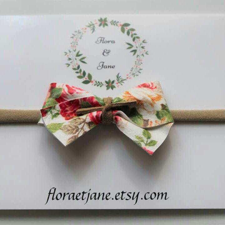 Nouveaux style de boucles en boutique! New bow style in the shop!! 😀