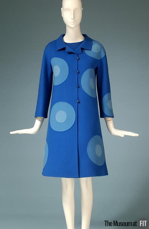 Want! Designer: Mila Schön 1919 - 2008 Medium: Blue double faced wool Date: 1968 Country: Italy: 1960S Clothing, Mila Schön, Blue Double, 1960S Fashion, Blue Dots, Coats 1968, Wool Coats, Design Mila, 1960 S