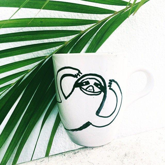 illustration by Basia Grzybowska #coffee #time ☕️❤️ //: #mug #cup #lazyanimal #jungle #manaus #amazonas