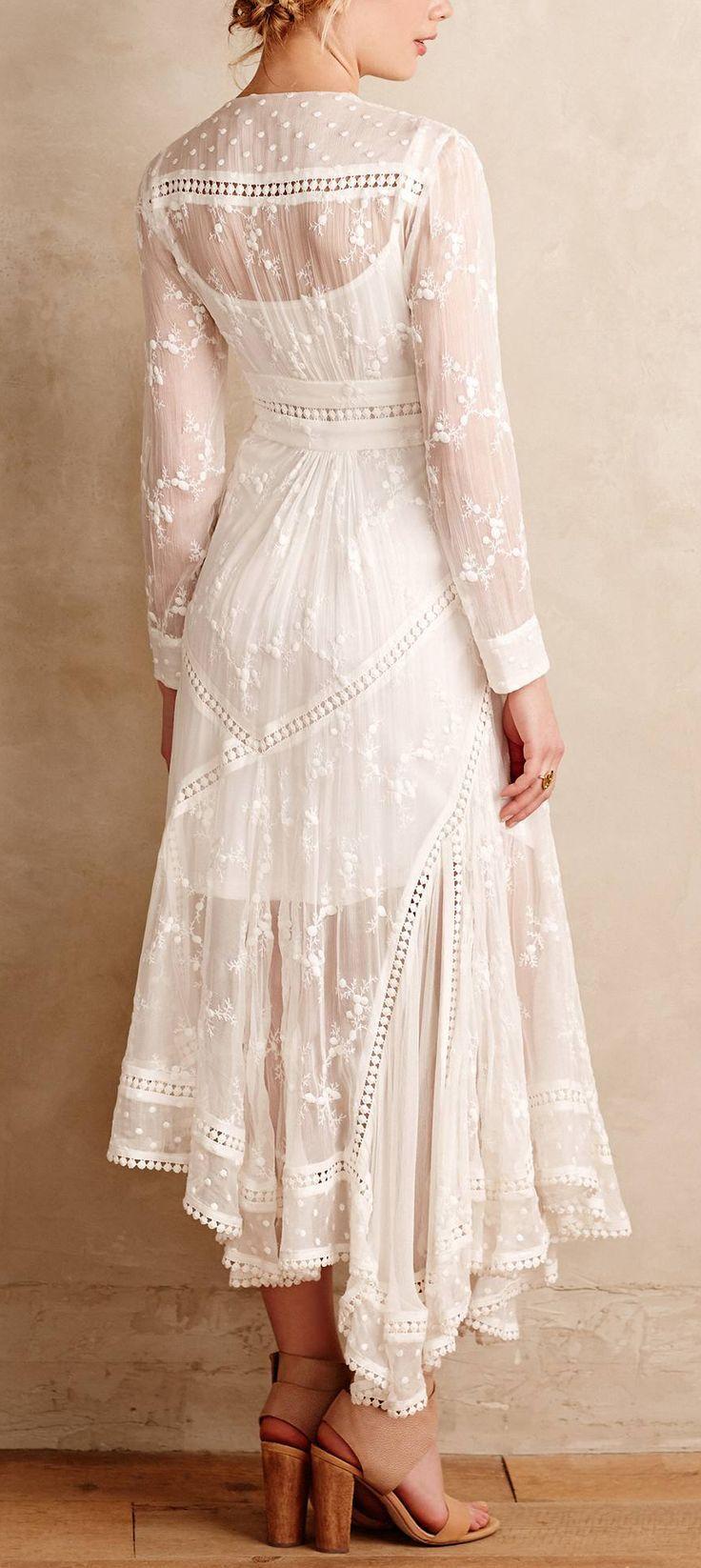 Silk embroidered dress bohemian boho style hippy hippie chic bohme vibe gypsy fashion indie