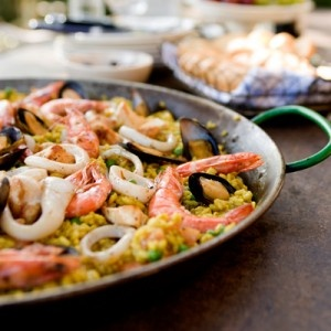 Cutting Calories To Ensure Healthy Weight Loss #food #weightloss #diet: Ensur Healthy, Chicken Paella, Healthy Weights Loss Food, Seafood, Paella, Paella Recipes, Healthy Recipes, Food Weightloss, Seafood Paella