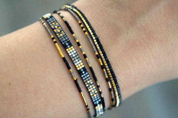 Set de 5 pulseras hechas a mano con cierre plateado de Miyuki perlas y oro