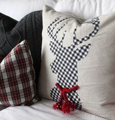 DIY Plaid Deer Pillow. Love his little scarf! Cute Christmas pillow idea More
