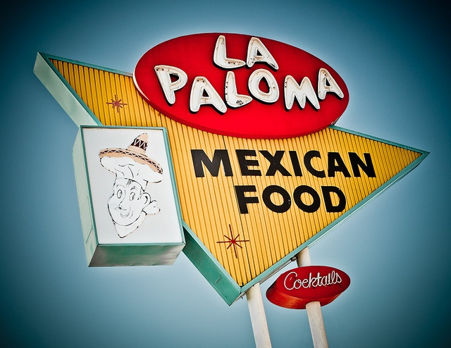 La Paloma Restaurant by Shakes The Clown, via Flickr