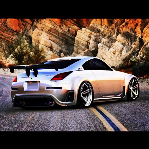 Awesome Nissan 350Z Body Kit With An Oversize Booty....but I Could