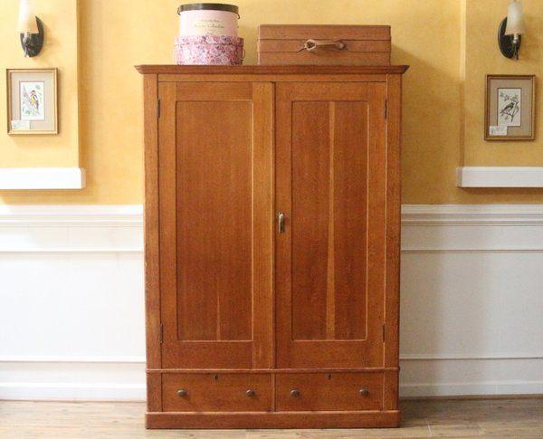 Antique Country Style Golden Oak Wardrobe, Closet, C.1900.