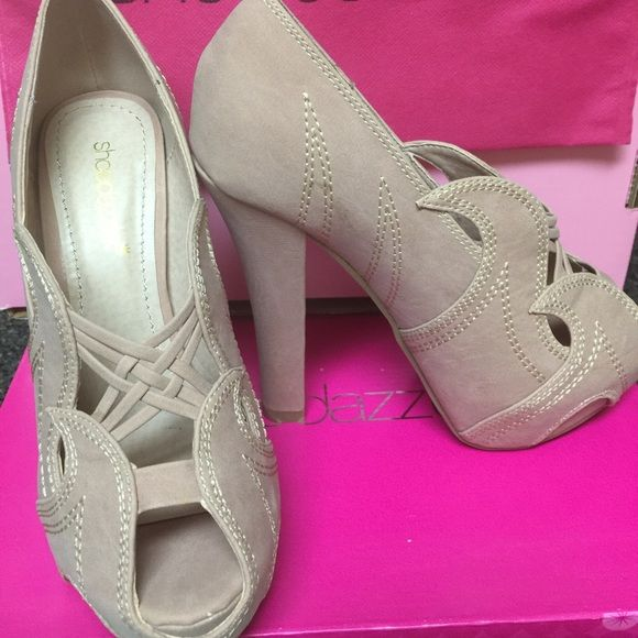 Shoe Dazzle Amarissa Heels NIB These shoes are Gorgeous!! Never worn!! The heel is 5 inches high with a 1 inch platform. Color is Blush. Shoe Dazzle Shoes Heels