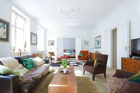 Dai un'occhiata a questo fantastico annuncio su Airbnb: Fantastic Location, Huge Apartment! a Copenaghen