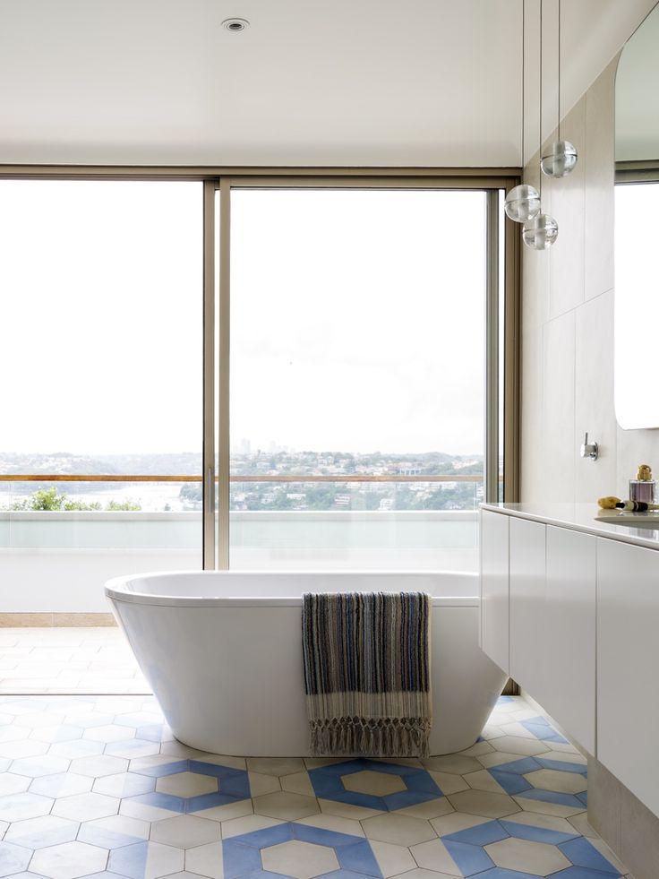 INTERIORS Alwill Interiors   ARCHITECTURE Alwill Design  #interiors #bathroom #bathtub #view #neutral