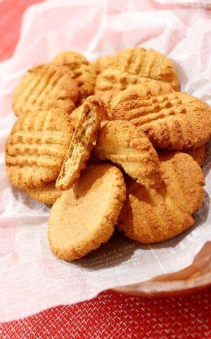 「アイハーブのオーツ麦ファイバーで低糖質クッキー」ファイバー率がちょと多過ぎたような気がしなくもないんですが外側のカリカリ具合が良い感じになりました。このカリカリを活かしてもう少し研究したい粉です。【楽天レシピ】