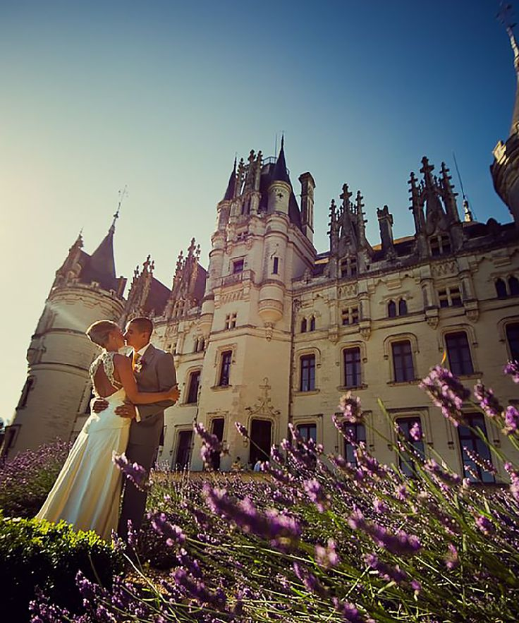 If you've ever wanted to feel like a princess on your wedding day, rent one of these (affordable!!) castles