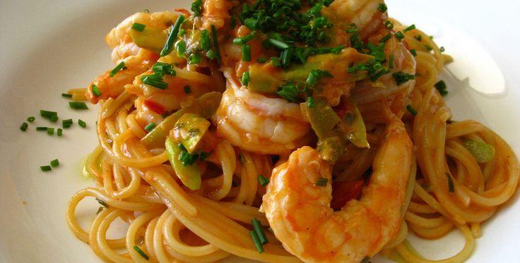 Receta de espaguetis con camarones, facil, rapida y muy buena - El Aderezo - Blog de Recetas de Cocina