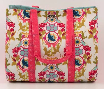 In search of a new sewing project? Why not have a go at our latest bag pattern, the appropriately named Jazzie bag!