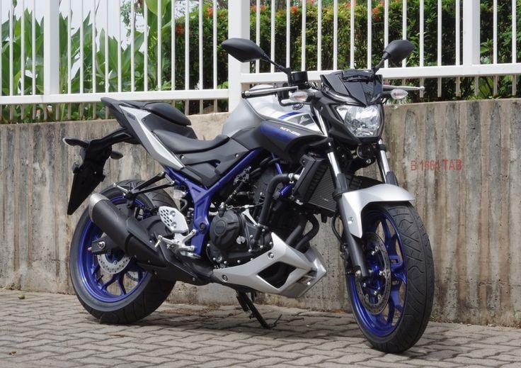 Didesain pure street naked bike dengan maneuverability aggressive handling dan high performance engine. Jiwa street naked bike MT-25 kuat terbentuk pada desain body yang kekar dengan karakter MT Se…