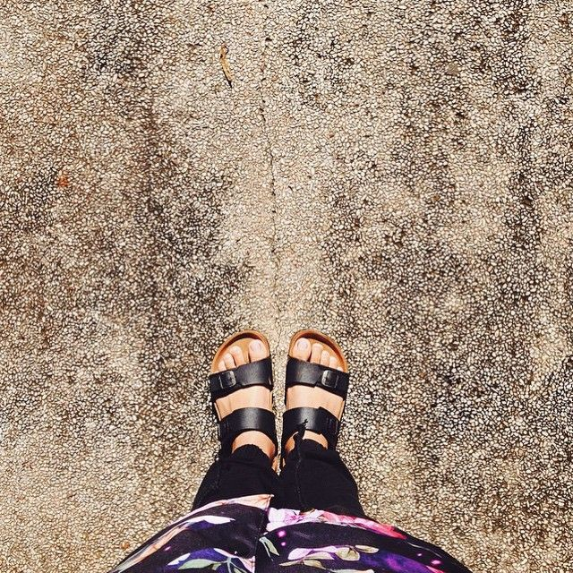 """""""Sand and sunshine, happy weekend : @inidwiki  #hijacksandals #fromwhereistand #leather #sandals #leathergoods #vsco #vscocam #picoftheday #teamcozy"""""""