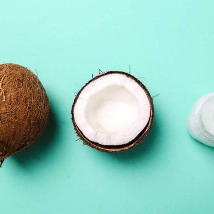 """Wie Kokosnussöl uns schöner macht - """"Die Kokosnuss macht fit und schlau und zählt deshalb zu den sogenannten Superfoods. In Sachen Beauty ist sie aber mindestens genauso super."""""""