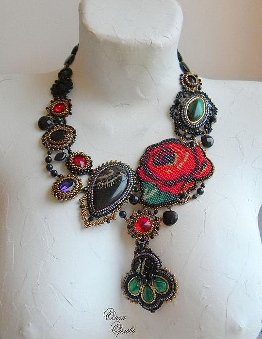 Beautiful jewelry with Roses Click on link to see more photos - http://beadsmagic.com/?p=4387