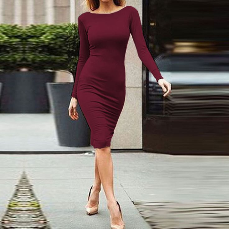 This dress with backless and zigzag design can make you look charming and sexy.It can show your good figure to others,maybe you need one dress in your wardrobe. Material:Polyester Size:S,M,L,XL,XXL Co