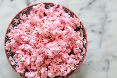 Louise Roe - DIY How To Make Pink Popcorn Recipe - Girls Night In - Front Roe fashion and lifstyle blog 5