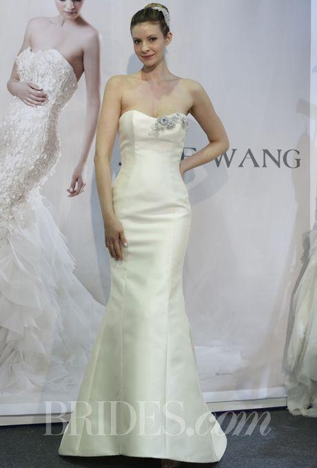 Jane Wang wedding dress - Spring 2014 Keywords: #verawangweddinggowns #jevelweddingplanning Follow Us: www.jevelweddingplanning.com  www.facebook.com/jevelweddingplanning/