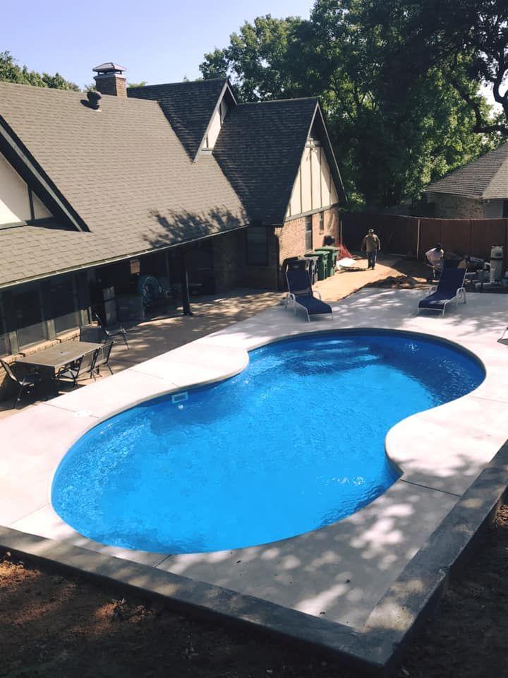 Fiberglass Pool Guyz Custom Inground Fiberglass Pools Dallas Tx Fiberglass Pools Inground Fiberglass Pools Swimming Pool House