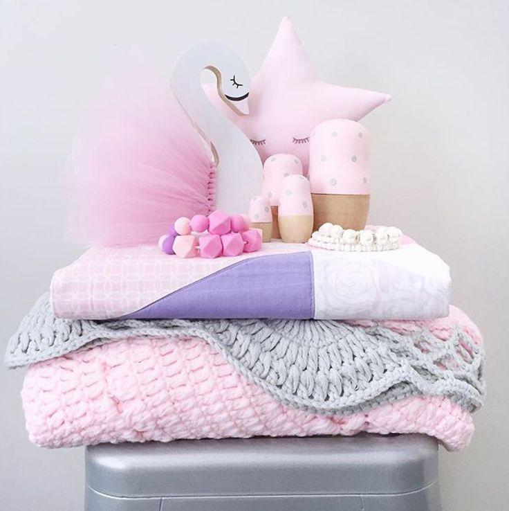 Freddie & Ava baby pink and grey Ellie rug. #children #kids #nursery #childrensbedroom