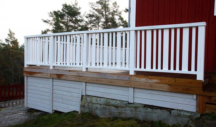 Vitt staket och grå grund | Ebbebo