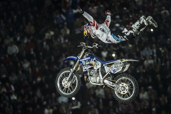 Relive Red Bull X-Fighters in Dubai #Xfighters #redbull