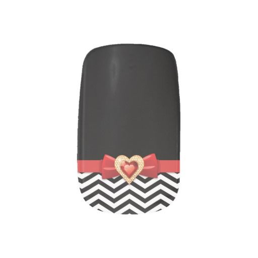 Glamorous black white chevron pattern with bow nail art coverings #nailart, #nailcoverings, #nailstickers, #chevron, #blackwhite, #red, #bow