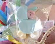 Image result for brochetas de bombones para baby shower