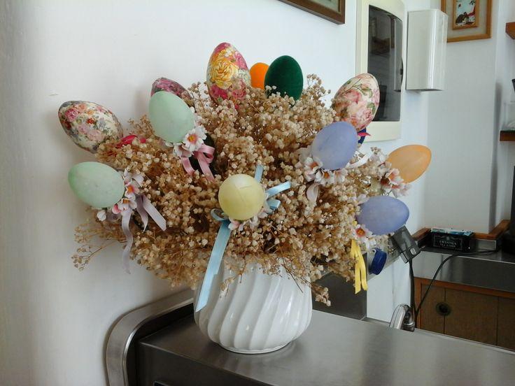 Composizione con uova