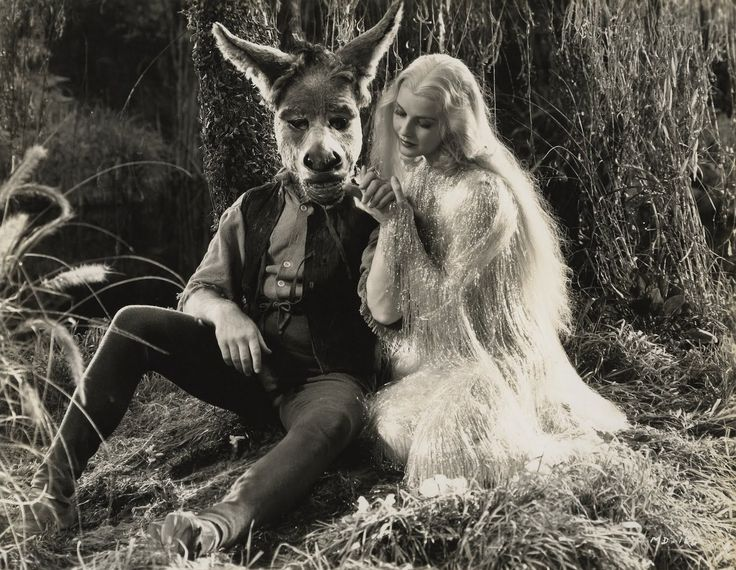 "1935 James Cagney as ""Bottom and Anita Louise as ""Queen Titania"" in Midsummer Night's Dream"