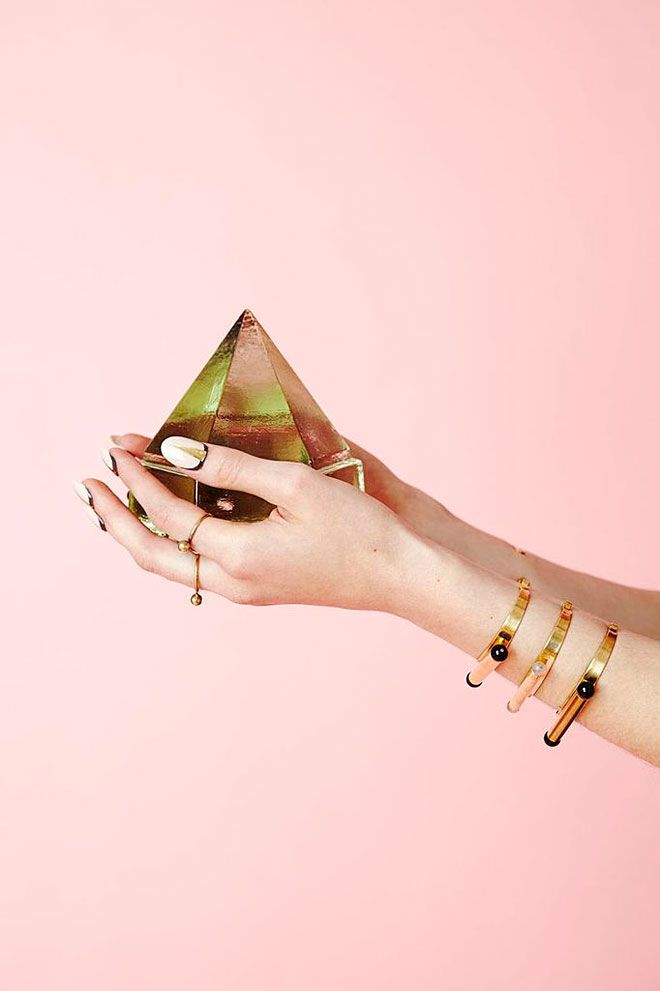 76 best Jewelry photography inspiration images on Pinterest ...
