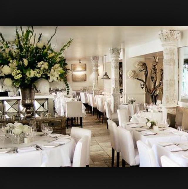Villa Blanca Restaurant California