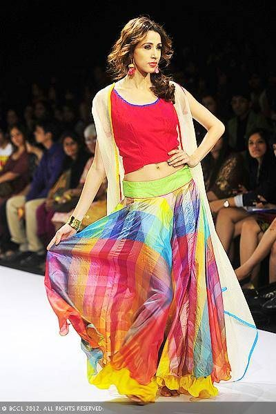 Alecia Raut flaunts a creation by designers Mayank Anand and Shraddha Nigam on Day 3 of the Lakme Fashion Week (LFW) 2012 at Grand Hyatt in Mumbai.