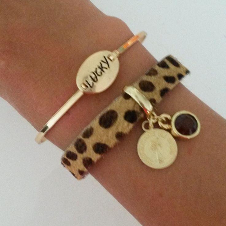 Armband tijgerprint gemaakt van echte koeienhuid (heerlijk zacht) gecombineerd met Lucky bangle.