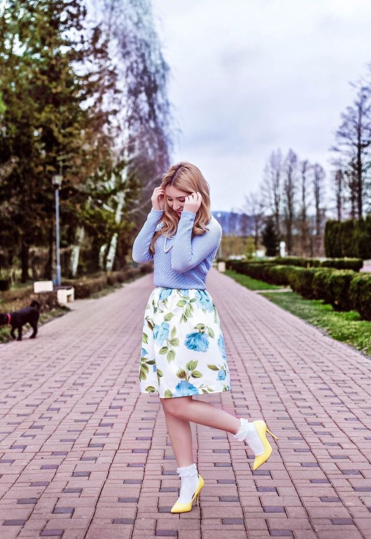 Floral print midi skirt, blue blouse, yellow shoes with socks