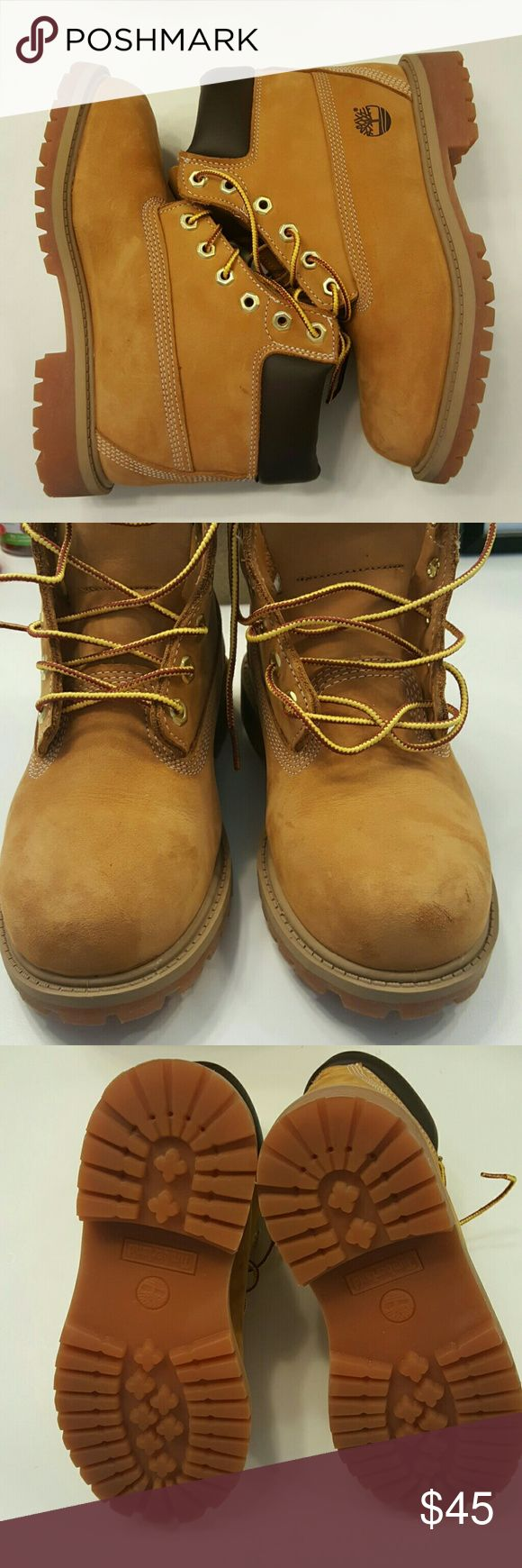 [JUST ADDED] Little Boys Timberland Boots Little Boys Timberland Boots with a few minor scratches shown in pic 2. Otherwise good condition. Genuine leather. Timberland Shoes Boots