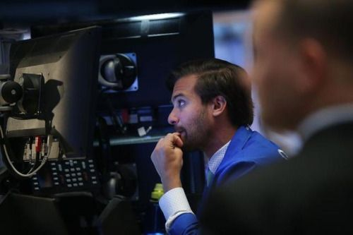 The Dow Jones Industrial Average Falls By Nearly 400 Points... #DowJones: The Dow Jones Industrial Average Falls By Nearly 400… #DowJones