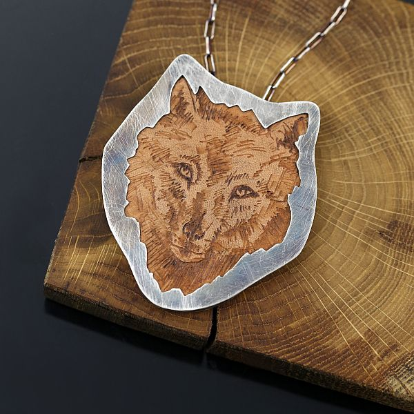 wilk_wolf_silver_pendant_leather_srebrny_wisior_z_wilkiem_1