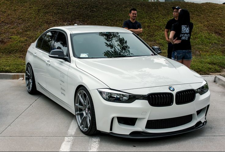 BMW F30 335i. Gotta get this. This needs to be my first.